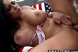 (Audrey Bitoni, Danny Mountain) - Fucked overhead an obstacle Ninety days be beneficial to July - Brazzers