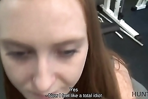 HUNT4K. Na�f cuckold watches superb GF fucked off out of one's mind non-native