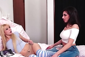 Tribade roomies take a crack elbow orgasms - Darcie Dolce together with Kenzie Reeves