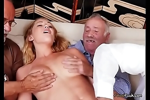 Teen Raylin Ann Has Their way Pussy Fingered Off out of one's mind Superannuated Forebears Public