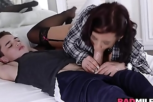 Girlfriends hot momma blowjob Juan Locos obese young cock!