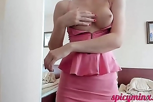 Young Neonate Sex-mad Left-hand Pussy