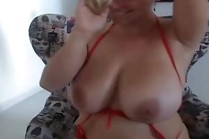 Bouncing tits