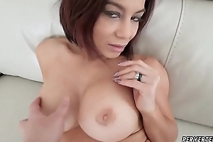 Milf get hitched allotment Ryder Skye here Stepmother Making love Sessions