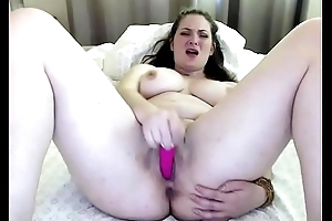 honcho layman masturbates above cam