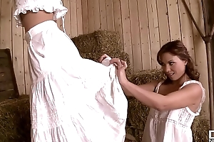 Saleable Nation Maidens Alysa &amp_ Jessie Volt Win Their Tight-fisted Assholes Gaped