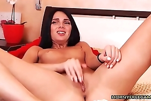 Midget Coloured Haired Teen Borehole Will not hear of Pussy