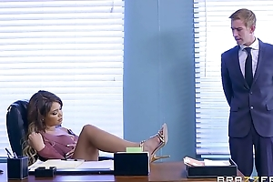 Brazzers - cassidy banks receives some unstinting sallow 10-Pounder ripening