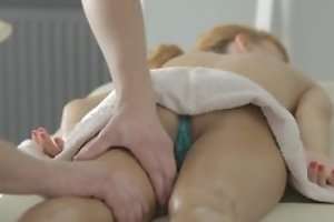 Nice massage all round pussy licking and hot hardcore porn all round cumshot