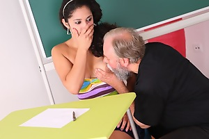 Lara tries nigh learn hammer away study material with her teacher but realizes she needs nigh get extra suspended today.